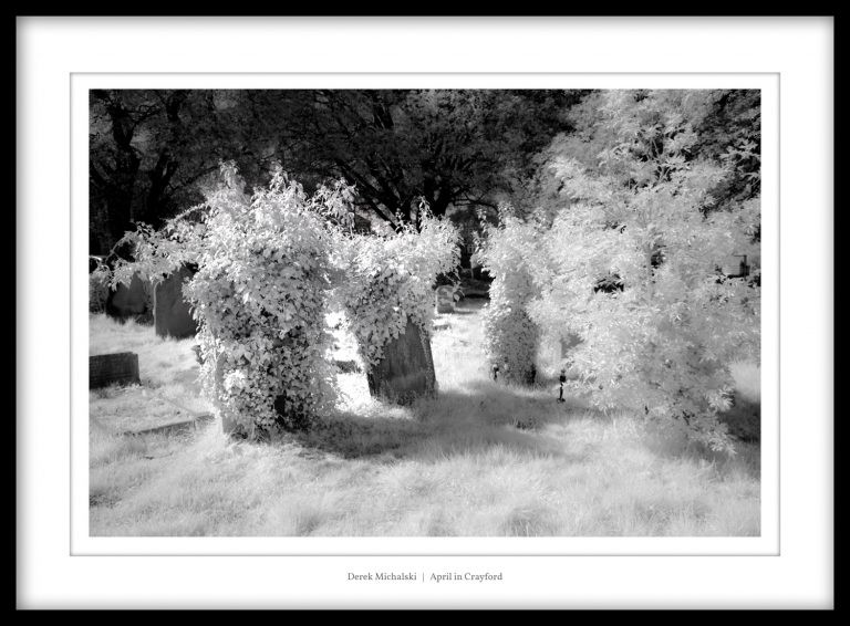 IR - Crayford - Cemetery - 19 April 2021 IMG_9062 April in Crayford